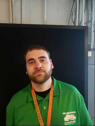 Tom Zbikowski headshot.