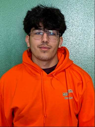 Carlos Nunez headshot.